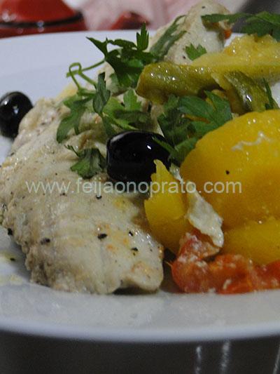 peixe com legumes copia