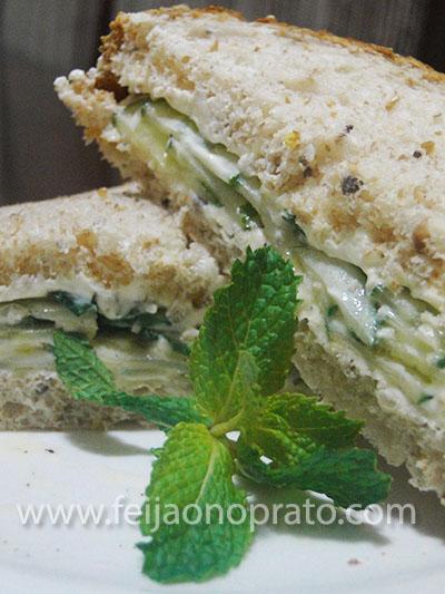 sanduiche de pepino