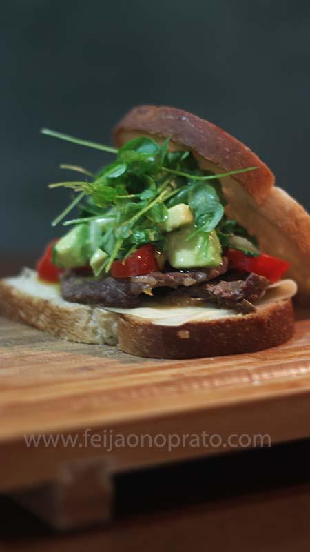 sanduiche com salsa